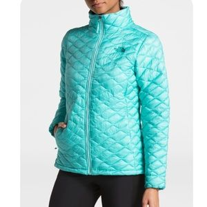 The North Face Women's ThermoBall Jacket Size S/P